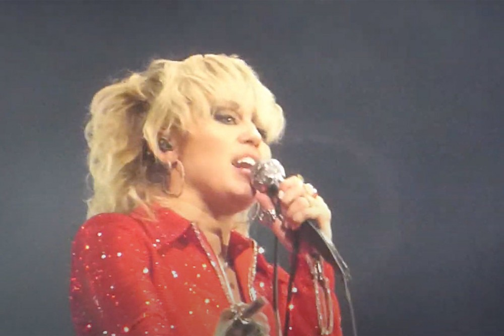 Miley Cyrus Covers Temple of the Dog, Billy Idol + Pixies at 2021 Lollapalooza