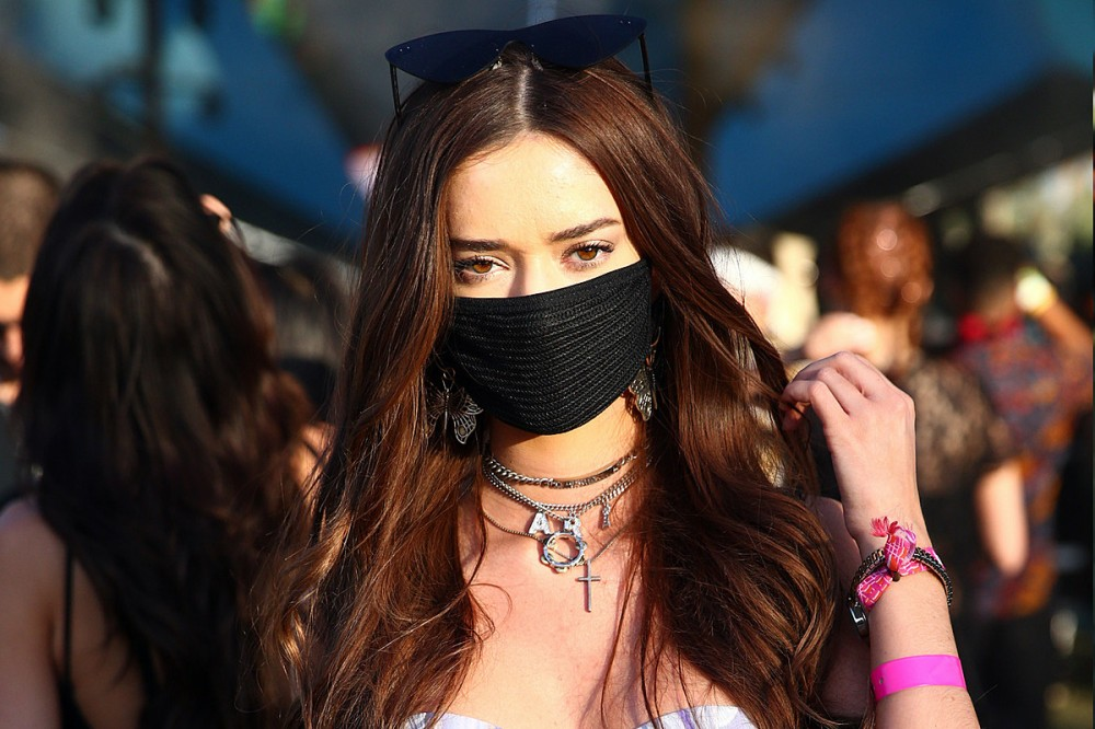 Los Angeles to Require Masks at Outdoor Events of 10,000 People or More