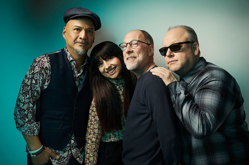Pixies Cancel Fall 2021 Tour Over COVID Concerns