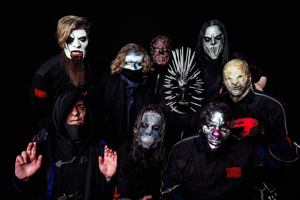 Slipknot – Enter to Win an Ultimate Knotfest Roadshow Prize Package (Signed Guitar Included)