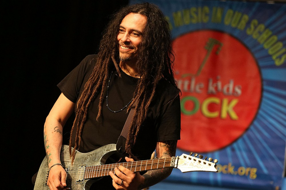 Korn's Munky Tests Positive for COVID, Band's Tour Will Continue