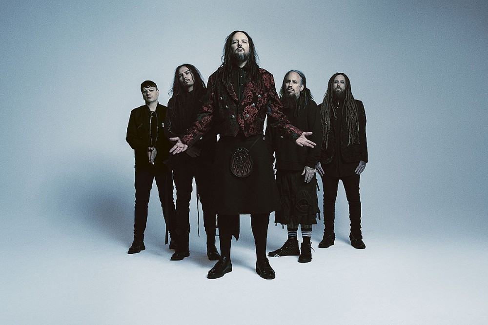 Korn Reveal Temporary Fill-In for Munky During Recent Concert