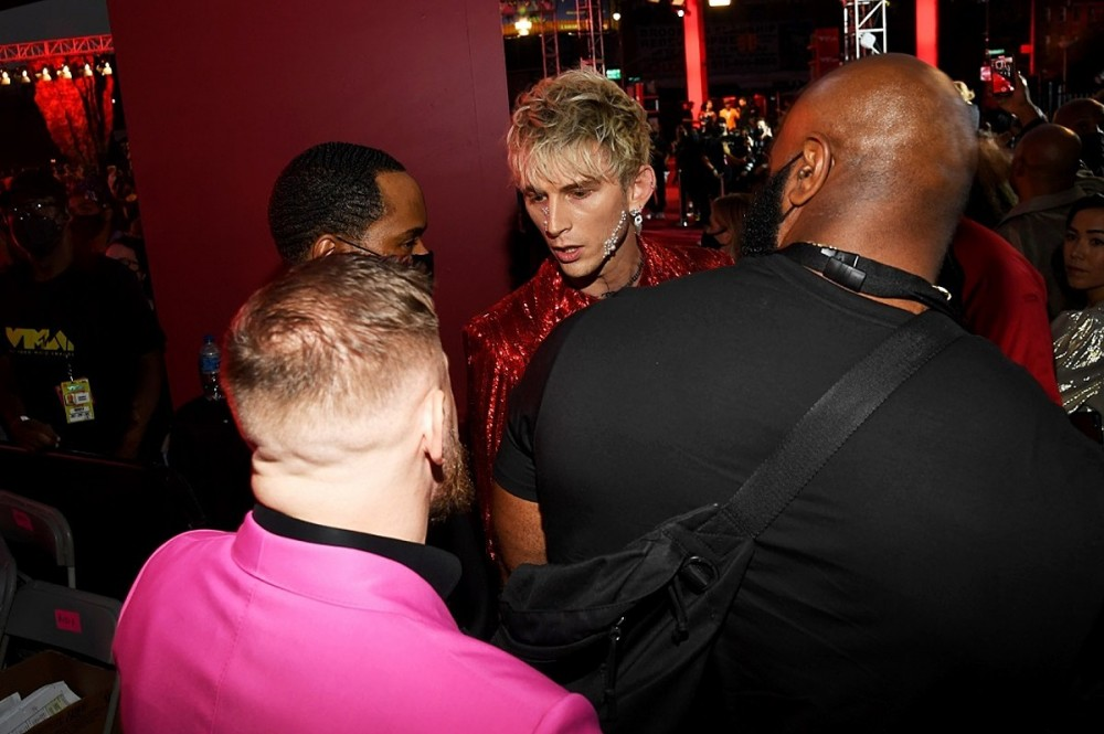 Machine Gun Kelly and Conor McGregor Got Into a Fight on the 2021 VMAs Red Carpet