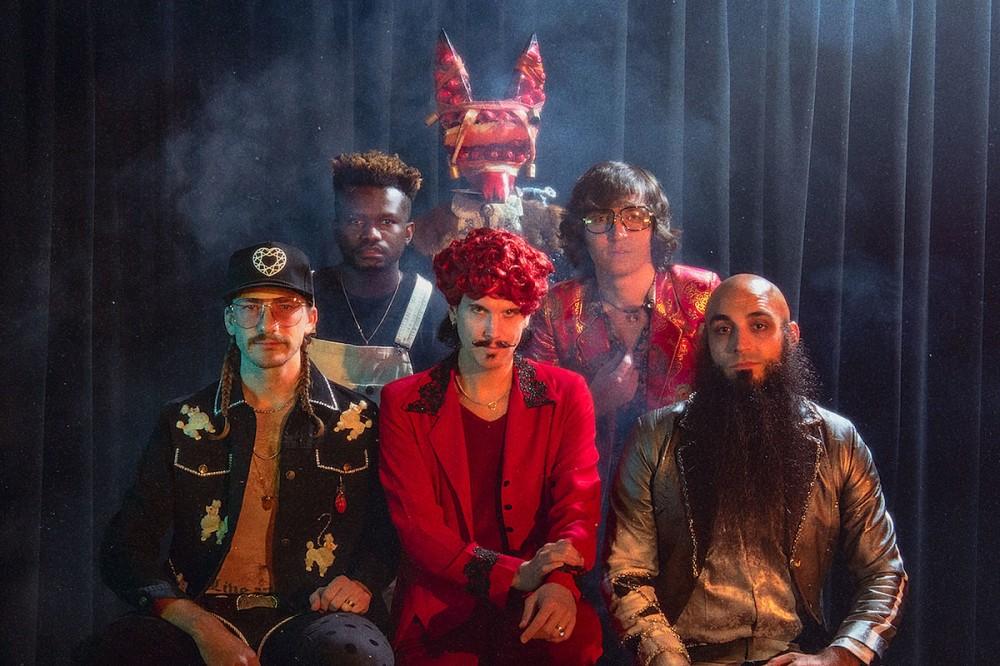 Foxy Shazam Reveal 'I'm in Love' Vignette, Announce 'The Heart Behead You' Album