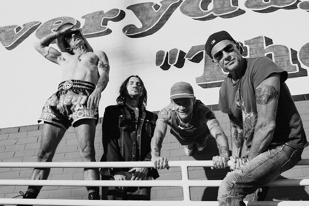 Red Hot Chili Peppers Announce North American + European 2022 Tour Dates