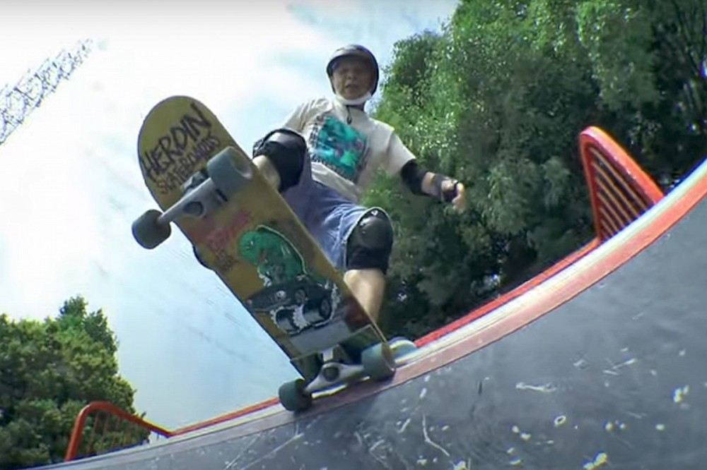 81-Year-Old Learns to Skateboard, Says It Helps Prevent Dementia